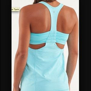 🆕Lululemon Turbo Bra Tank Light Blue size 10